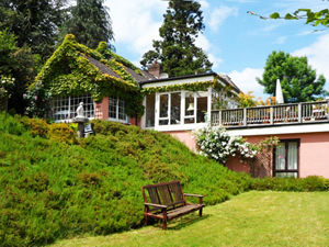 Self catering breaks at Aughrim in Vale of Avoca, County Wicklow