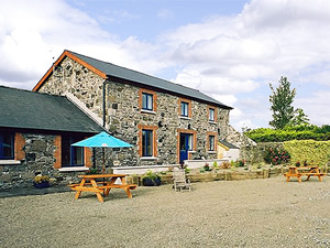 Self catering breaks at Carlingford in Carlingford Lough, County Louth