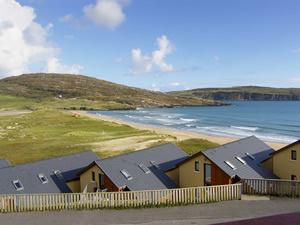 Self catering breaks at Barley Cove Beach Holiday Homes in West Cork, County Cork