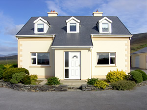 Self catering breaks at Cahersiveen in Ring of Kerry, County Kerry