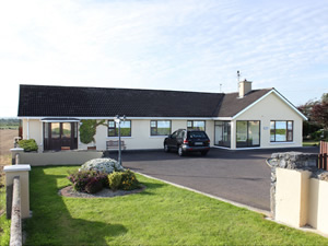 Self catering breaks at Abbeydorney in Tralee Town, County Kerry