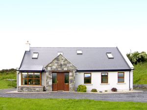 Self catering breaks at Westport in Clew Bay, County Mayo