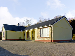 Self catering breaks at Rathmullan in Lough Swilly, County Donegal