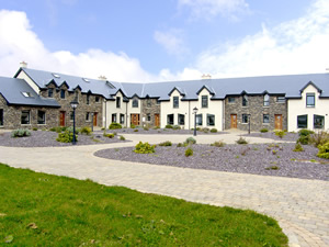 Self catering breaks at Dingle in Dingle Peninsula, County Kerry