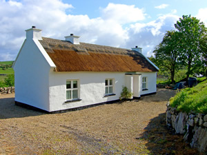 Self catering breaks at Ballyshannon in Donegal Bay, County Donegal