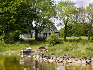 Self catering breaks at Headford in Lough Corrib, County Galway