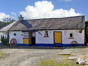 Self catering breaks at Borrisoleigh in Lough Derg, County Tipperary