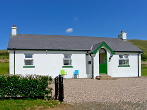 Self catering breaks at Armoy in Antrim Coast, County Antrim