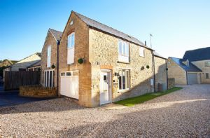 Self catering breaks at The Old Bakery in Kingham, Oxfordshire