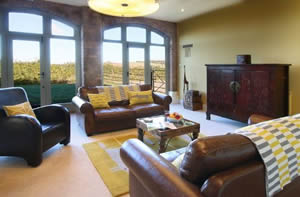 Self catering breaks at Vicarage Barn in Shipston-on-Stour, Warwickshire