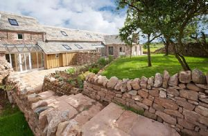 Self catering breaks at Wythburn Cottage in Greystoke, Cumbria