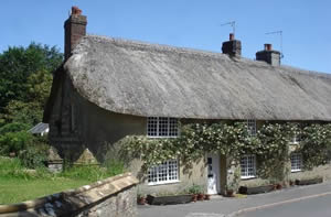 Self catering breaks at Laundry Cottage in Evershot, Dorset