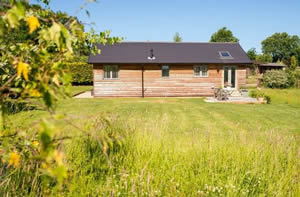 Self catering breaks at Larch Barn in North Perrott, Dorset