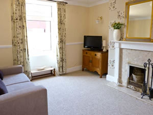 Self catering breaks at 1 Wesley Terrace in Middleton-In-Teesdale, County Durham