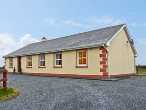 Self catering breaks at Maryville in Carrick-On-Shannon, County Leitrim
