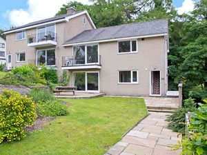 Self catering breaks at Beckside in Bowness, Cumbria