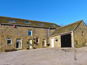 Self catering breaks at Bullace Barn in Millhouse Green, South Yorkshire