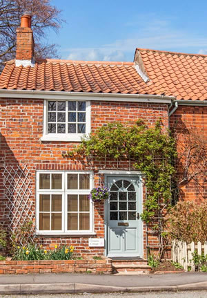 Self catering breaks at Clematis Cottage in Market Rasen, Lincolnshire