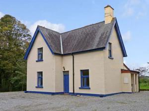 Self catering breaks at Gardeners Cottage in Ballymote, County Sligo